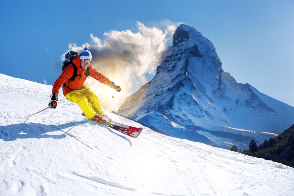 Zakres ubezpieczenia na narty - co oznaczają skróty KL, KR, NNW, OC, SS?